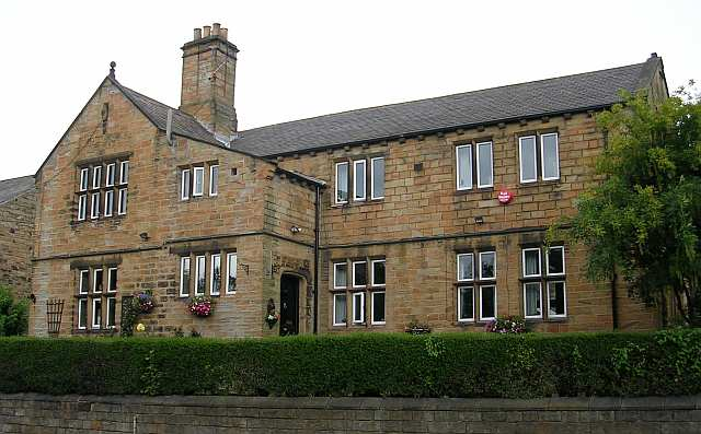 The Old Schoolhouse - 956 Bradford Road, Birstall