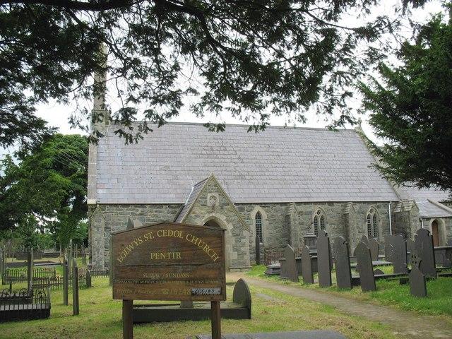 Eglwys Sant Cedol Church, Pentir