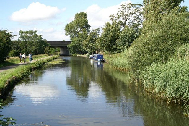 Leeds-Liverpool canal at Melling