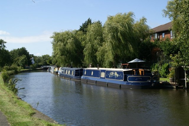 Boats on the canal at Hall Road, Maghull