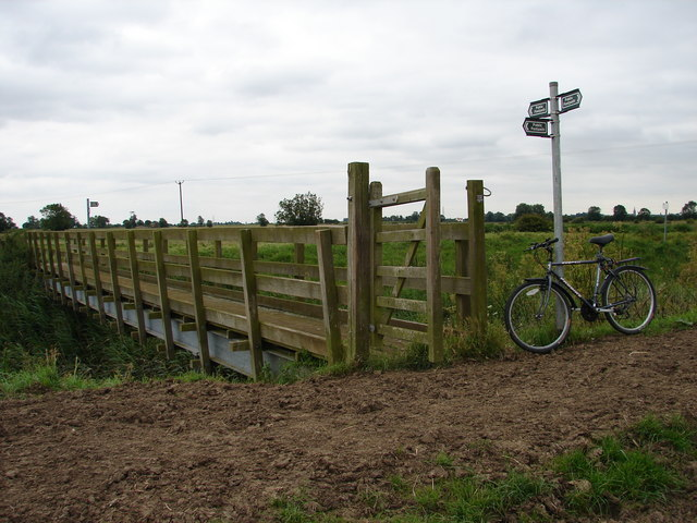 Footbridge at Head Dike