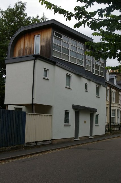 Unusual house on Carlyle Road