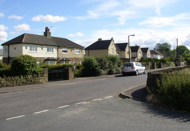 Houses on the urban fringe,  Northedge Lane, Hipperholme