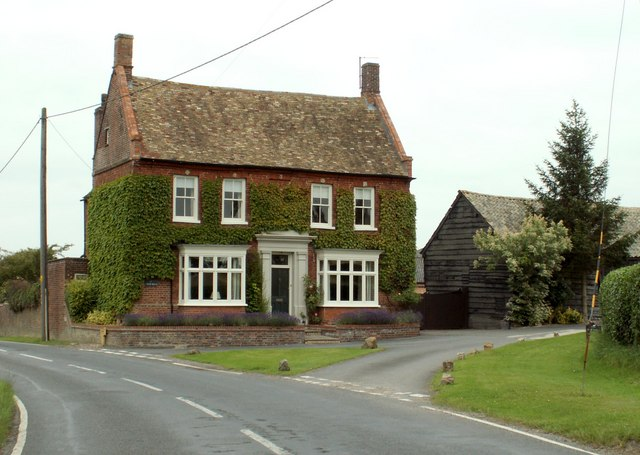 The farmhouse at Home Farm in Graveley