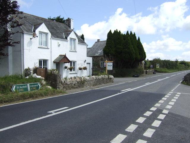 Close Cross House