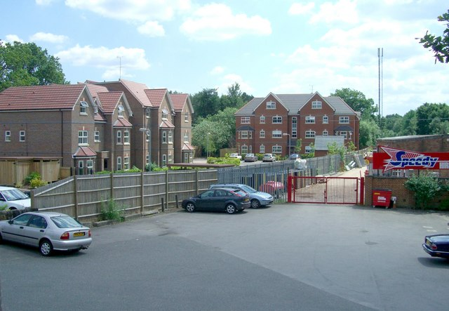 St Francis Close, Crowthorne