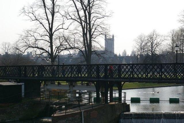 Jesus Lock Bridge and the River Cam