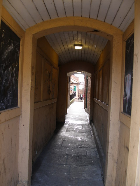The panelled alley leading to Green Dragon Yard
