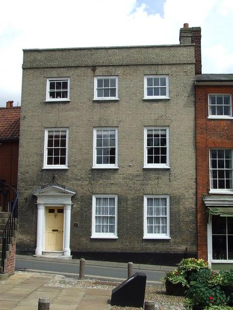 House On Market Hill Woodbridge