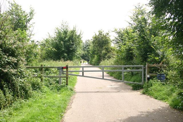Footpath off Leaden's Lane