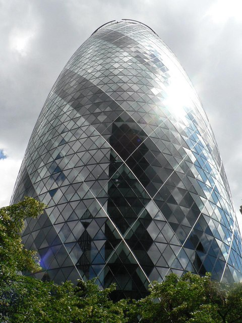 City of London: 30 St. Mary Axe, EC3A 8BF