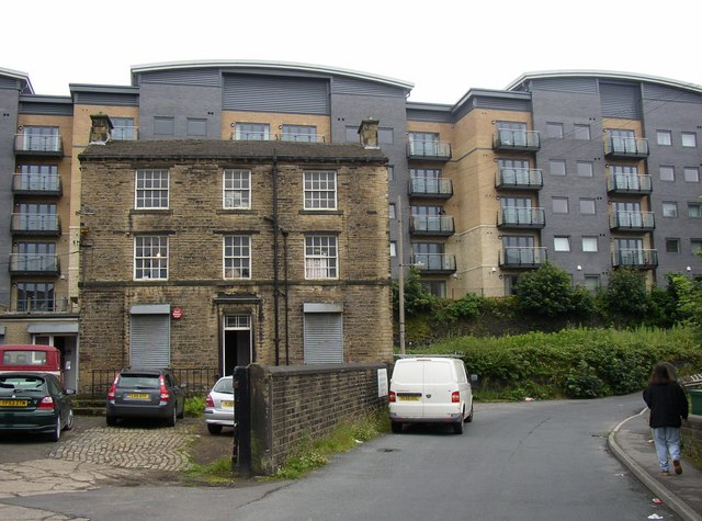 Old and new housing, Birkhouse Lane, North Crosland, Lockwood