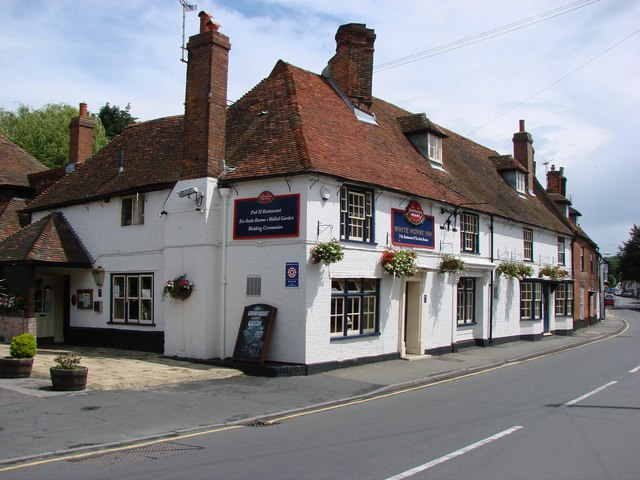 The White Horse Pub, The Street, Boughton Street, Kent