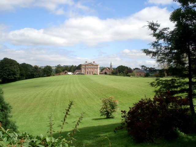 Central Meadow and Kyre Park House
