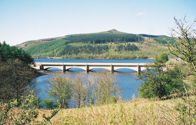 Bridge carrying the A6013 over Ladybower
