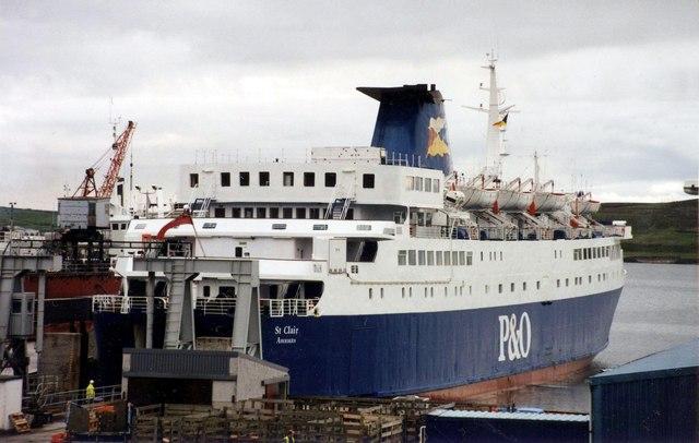 P&O ferry St Clair (V) at Lerwick,1994