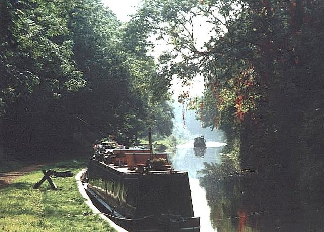 2001 : Kennet & Avon Canal near Theale