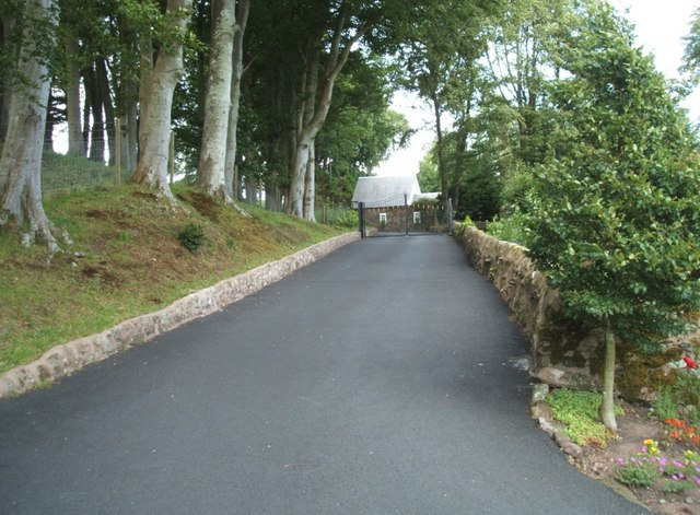 Main Driveway up to Brookfield House