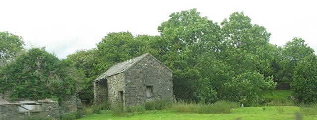 Derelict farm buildings at Gellilydan