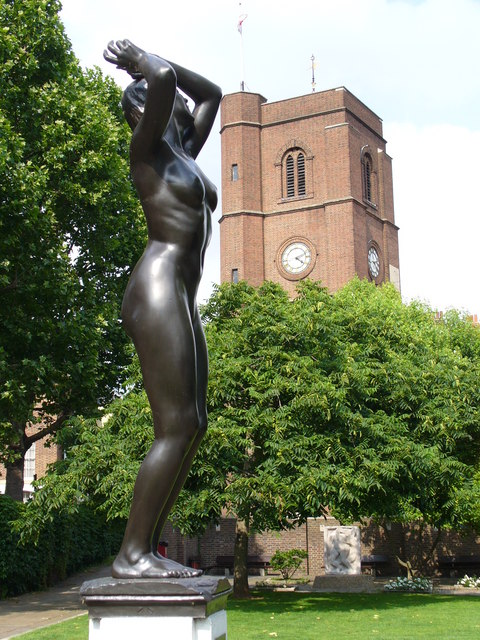 Statue by Chelsea Old Church