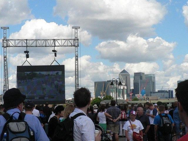 Tour de France, Greenwich: big screen