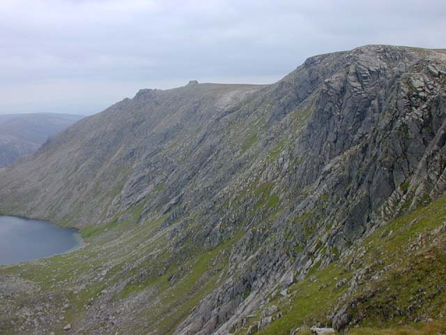 The northern cliffs of A' Chioch