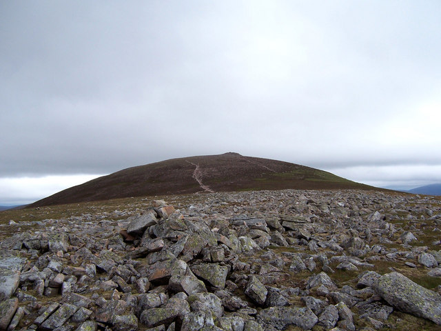 Small cairn on minor top.