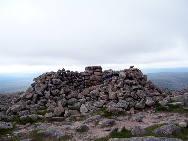 The summit of Beinn Dearg.