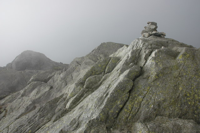 Summit cairn on Slight Side