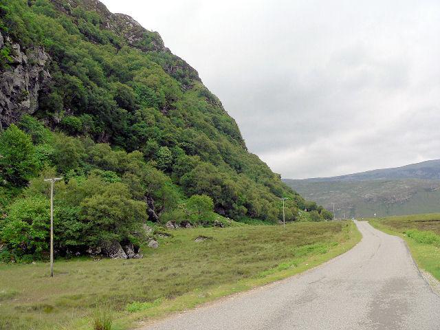 Base of Creag na Faoilinn, looking west