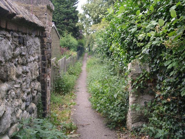 Village footpath, Orsett