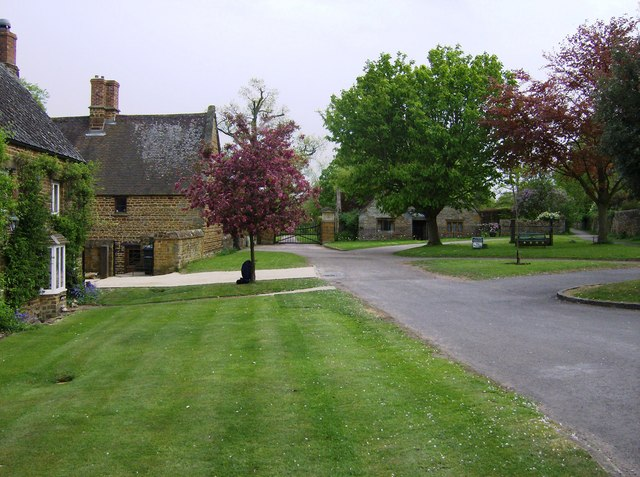 Eydon village green