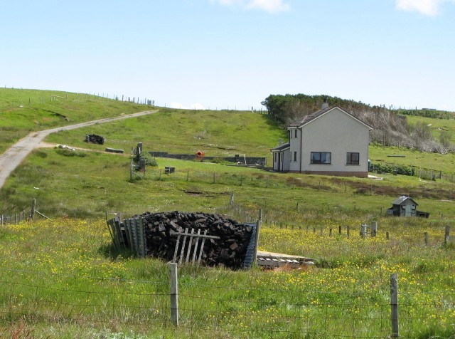 House with peat stack at Suardail