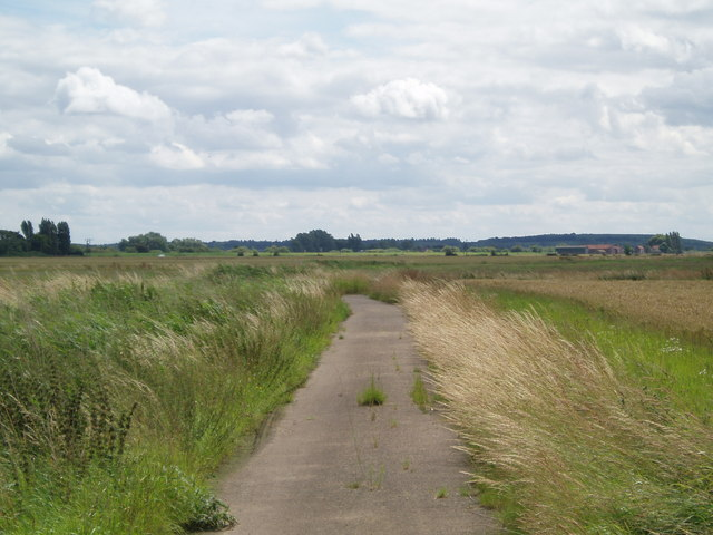 Lane near West Butterwick