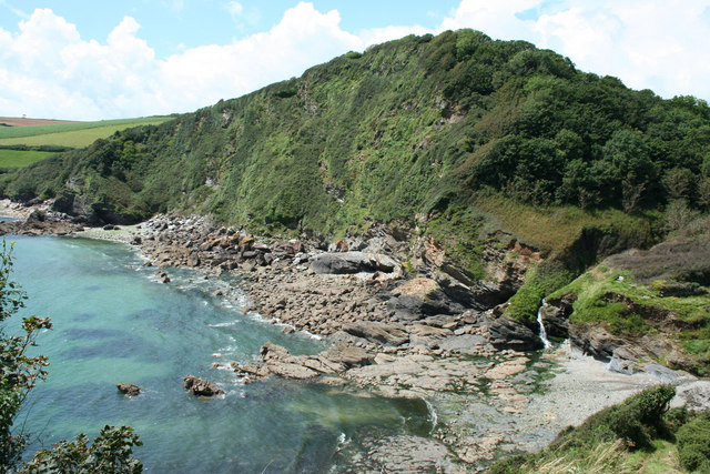 Hallane Beach and cliffs