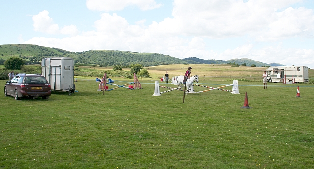 Show Jumping at the Gymkhana on Hollybed Common