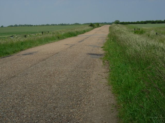 Fen Drayton gravel pits access road
