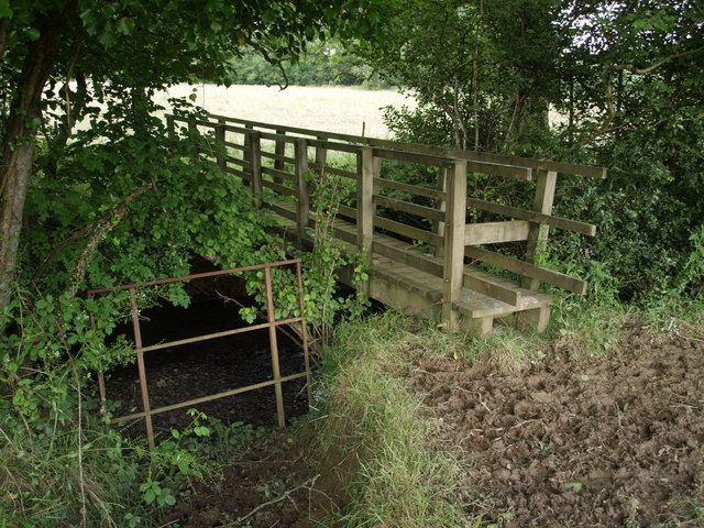 Footbridge across Wagaford Water