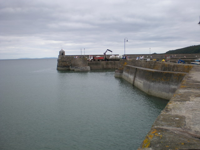 Saundersfoot harbour entrance.