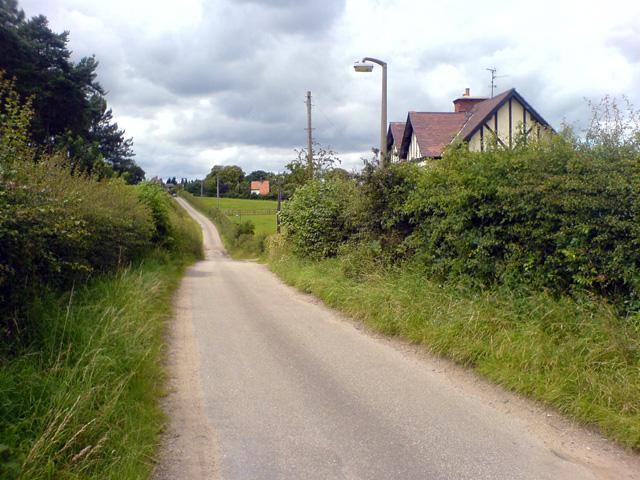 Squires Lane, westwards