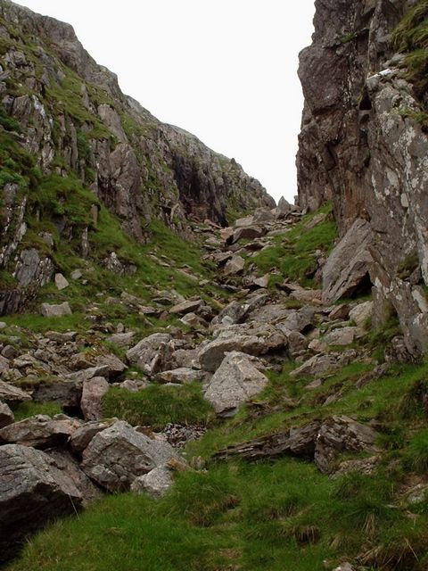 Deep gully leading to bealach between Sgurr na Ciche and Garbh Chioch Mhor