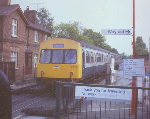 Station signs, Farnborough North
