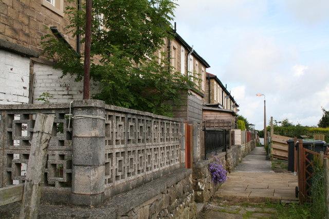 Path behind Taylor Street, Barnoldswick