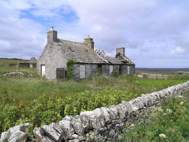Ruined croft beside A99