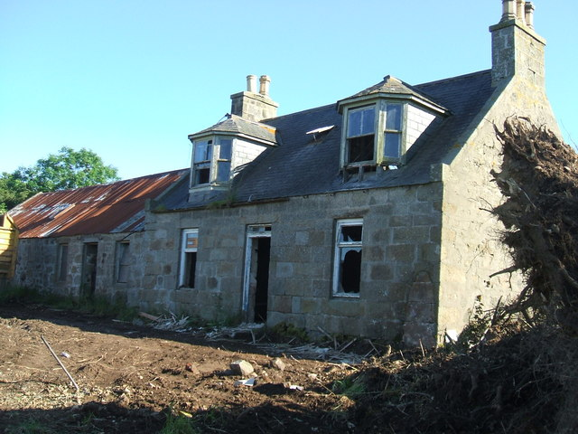 Ruined farmhouse at Hillside
