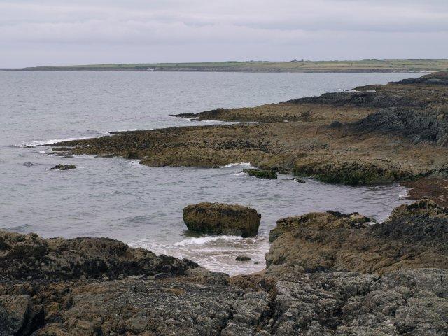 Rock in Porth Cae Ceffylau at low tide