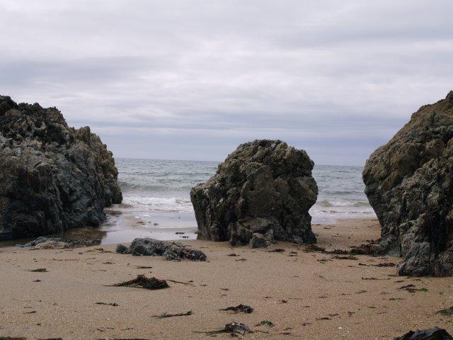 Rock formations in Porth Cae Ceffylau