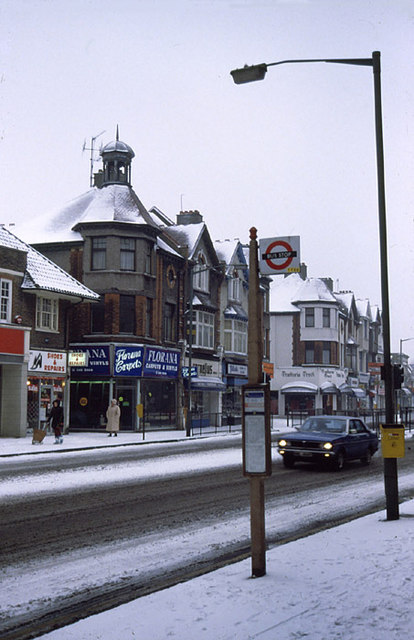 Snow in Finchley Central