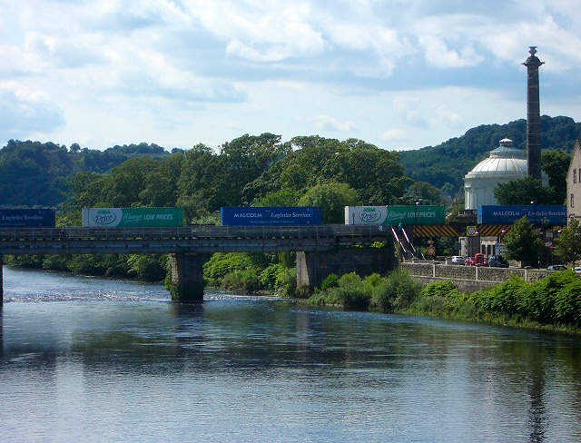 Goods train crossing the Tay