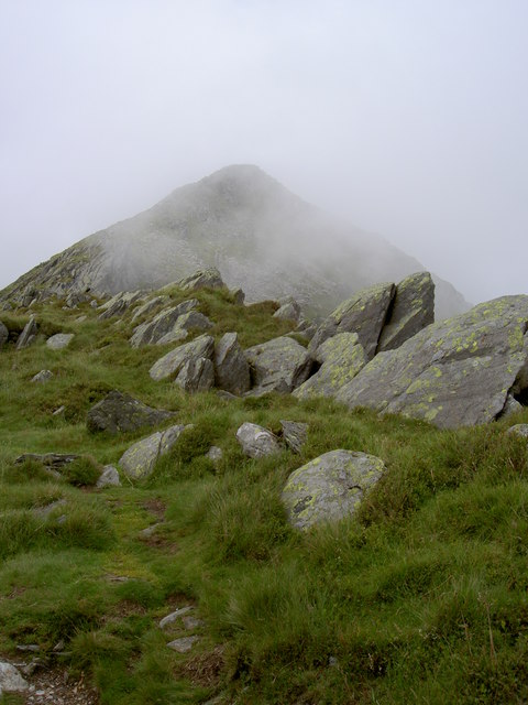 A glimpse of the summit through the mist